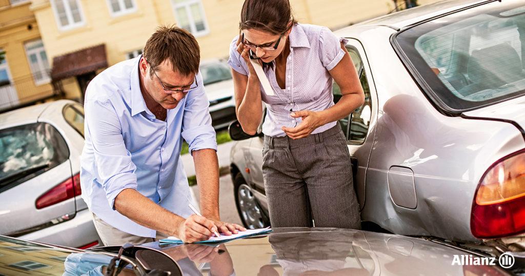 Incidente d'auto e constatazione amichevole